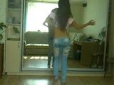 Go Go Dance...Devushka klassno tancuet 1.1.240