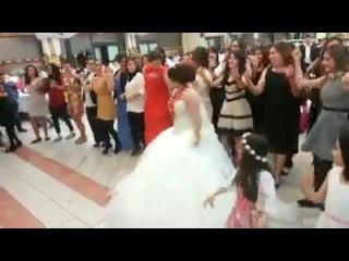 Свадьба красивый и смешной (команда невесты) х (команда жениха)