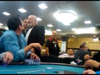 у армянина сдали нервы за покерным столом в США (Not Vine)