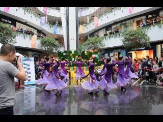 Уйгурский танец в Астане.