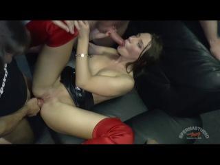 Julie skyhigh meet mini hotcore...julie anal. facial , cum shots , amateur , blowjobs , anal, bukkake, gangbang. spermastudio