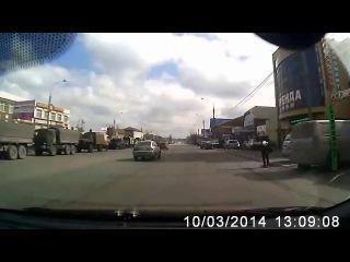 Колонна русской военной техники движется в сторону Украины, Ростов-На-Дону, 10 марта