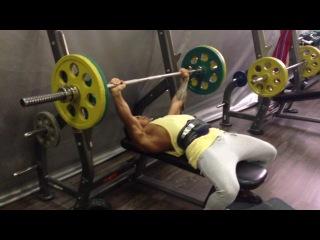 2 тренировка 75кг на 30раз (24.02.14)Ахмед Джомиев