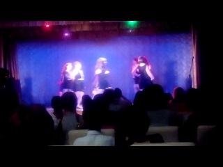 Танец девочек на выпускном)Гэтсби