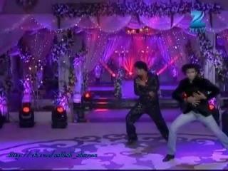 Ашиш Шарма танцует на Zee TV