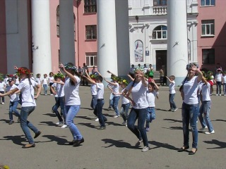 Флэшмоб школы №11 им.И.А.Кабалина 21.05.14