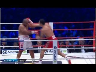 Володимир Кличко нокаутував австралійця Алекса Леапаї у 5-му раунді