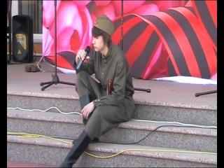 Анатолий Гришаев - В землянке