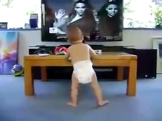 Очень смешное видео! Ребёнок танцует под Single Ladies!