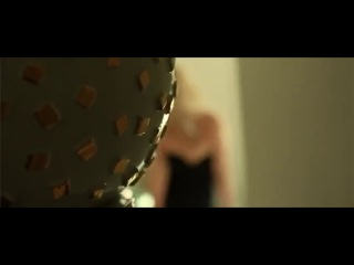 2013 Sarah Michelle Gellar - MORE - Behind The Scene