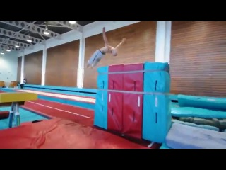 2,5 миллиона просмотров за 7 дней – видео от короля паркура и акробатики Дамьена Уолтерса