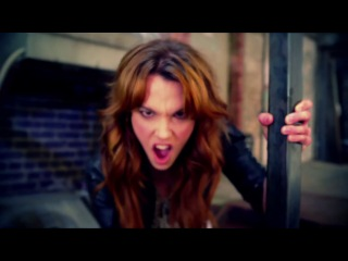 Halestorm - I Miss The Misery [Official Video].mp4