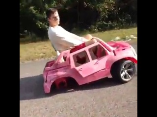 They see me rolling (Vine)