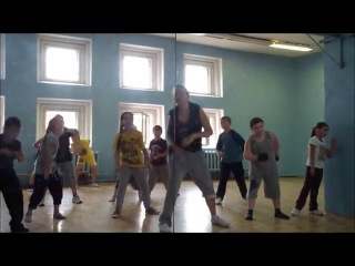����  ���-��� ��� �����   6-12 ���   720    ������� �����   Hip-Hop  dance  ������� ����� !