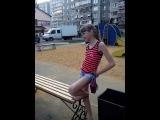 симакова заставляет бедного мальчика встать на колени