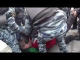 Жесткие задержания на митинге против ввода войск на Украине в центре Питера