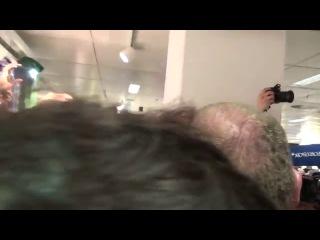 Украина Новости! Бриггс Опускает ТРУСА Кличка на взвешивании С Леапаи 26 04 2014