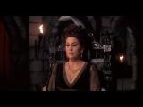 Эльвира - повелительницы Тьмы: кабаре