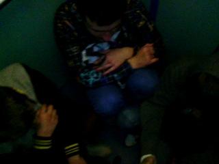 Застряли в лифту.Поём песню KReeD- Вот оно счастье,но не моё:))