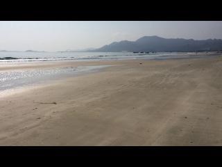 Дорога по пляжу во Вьетнаме