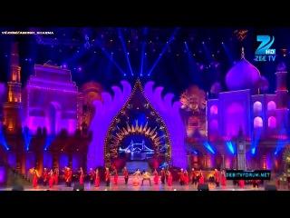 Ашиш Шарма и Сукирти Кандпал - выступление на 'Zee Rishtey Awards 2012'