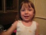 Моя  дочурка!!! 2,5 года. Песенка про Солдата!!!