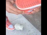 то чувство когда камушек попал в обувь