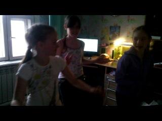 танец опа гамна стайл . принимали участие Аня Сивкова Марина Дружининская Марина Остошова