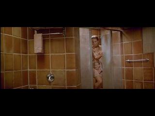 Голая ким бейсингер моется в душе (kim basinger naked) в фильме the getaway / в бегах (побег) (1994) - эротика, секс: попка, сиськи / грудь ким бейсингер tits boobs nude