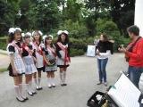 Гімн у виконанні учнів Тростинського НВК (парк Олександрія, Біла Церква)