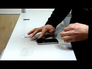 правильная наклейка пленки на экран мобильного телефона