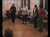 классика эскимосского танца. Эргырон и солнышко.