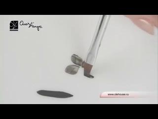 Использование плоской кисти для дизайна ногтей