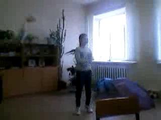 мои одноклассники танцуют под песню опа гайм на стайл