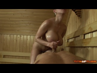 Katarina dubrova - squirting in the sauna