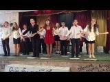 Выступление с песней  На улице дождик  7в