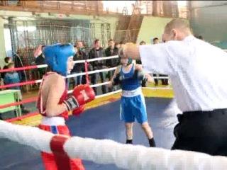 Бокс. Юноши 2000-2001 г. категория до 38,5 кг. Илья Вахрушев - Артём Попов