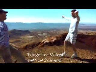 Крымско-татарские парни танцую хайтарму в разных странах