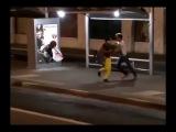 Ужас на автобусной остановке - Чаки...