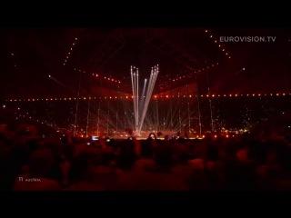 """Австриец Томас Нойвирт, больше известный как Кончита Вурст, стал победителем песенного конкурса """"Евровидение-2014""""."""
