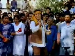 Песню из Индийского фильма Танцор диско исполняет автор русского перевода Нинель Зубец(Багира Мать)