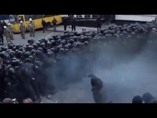Невероятная жестокость украинских  ментов!