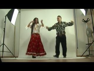 Румынския цыганы танцуют жок.