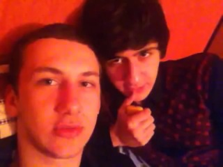 Кавказские геи обращаются к девушкам Кавказа