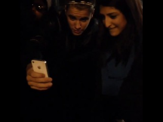 Video of Justin meeting fans tonight in Canada (March 14)