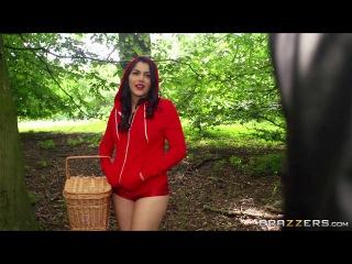Красная шапочка порно переводом групповуха, девушка показывает свои интимные места на камеру смотреть видео
