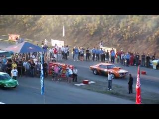 ZAZ_968_Hulk_vs._Chevrolet_Camaro_402m-s