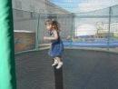 Маша прыгает на батуте июнь 2014