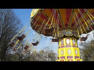 Карусель в парке Сокольники