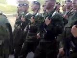 Рота солдат поёт